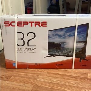 A BRAND NEW 32inch Sceptre LED Tv